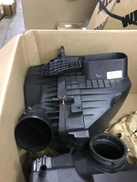 Image GMC SIERRA 1500 6.2 LITER AIR BOX ASSEMBLY